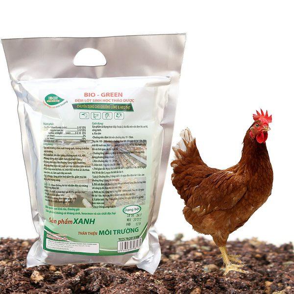 đệm lót sinh học thảo dược cho gà, xử lý mùi hôi chuồng trại