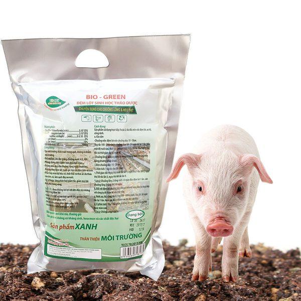 đệm lót sinh học thảo dược cho heo, xử lý mùi hôi chuồng trại